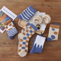 法蘭絨的富士山色系暖暖中筒襪(5雙一組)